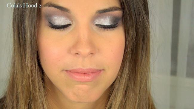 maquillage pour yeux bleus