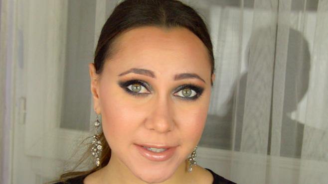 maquillage nouvel an rihanna cfda awards