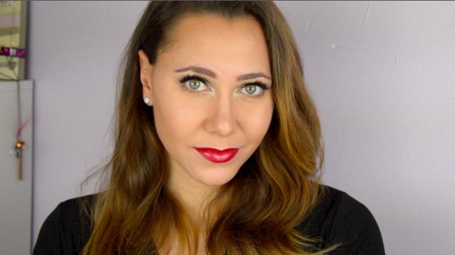 makeup story tag colashood