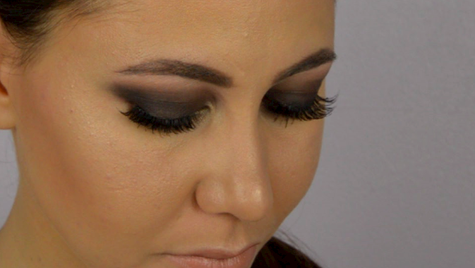 smoky eyes noir
