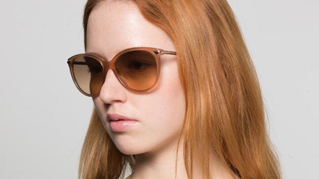 lunettes de soleil rousse