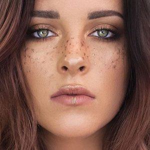 faux freckels