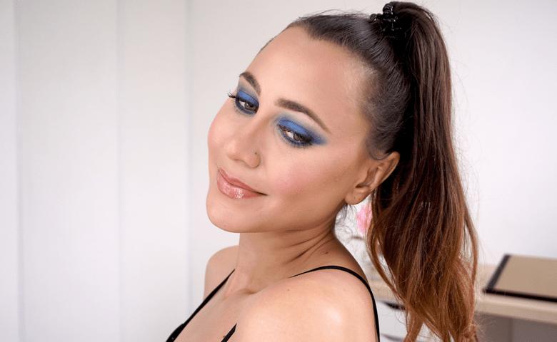 maquillage smoky eyes bleu