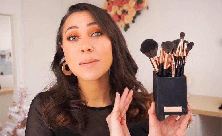 outil maquillage de base